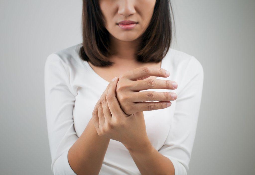 engourdissement des mains